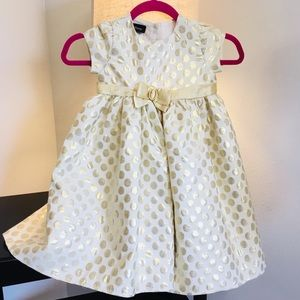 Other - Pretty gold polka dot toddler dress